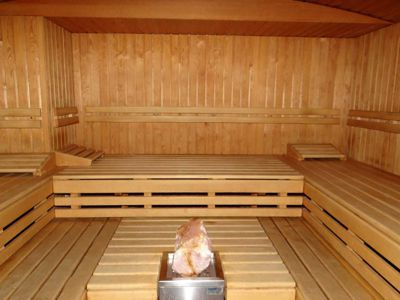 unseres angebot f r den mann paragonya wellness club gay sauna in z rich. Black Bedroom Furniture Sets. Home Design Ideas